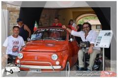 Paraplegici Livorno raduno Garlenda conegna fiat 500_00029