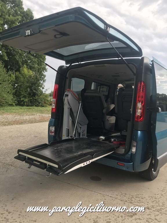 paraplegici-livorno-renaul-trafic-trasporto-disabili-00008